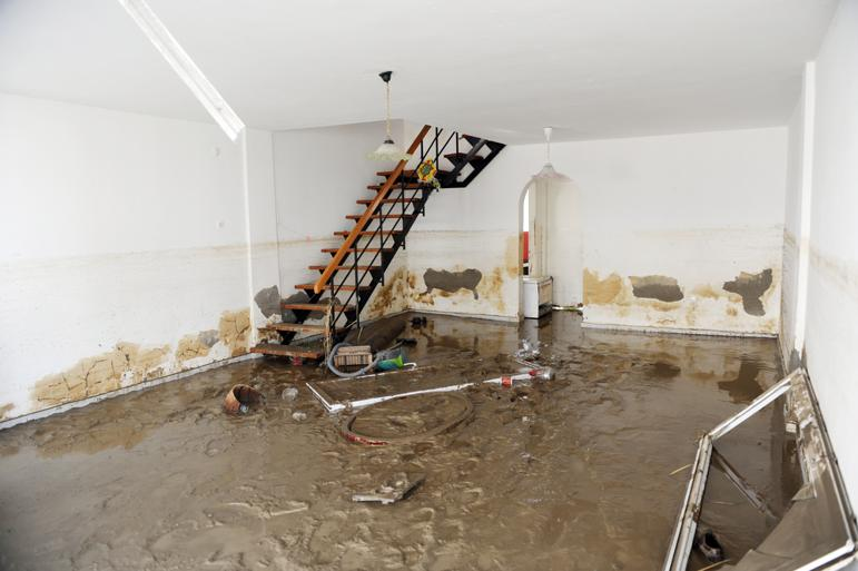 repairing-house-after-flood