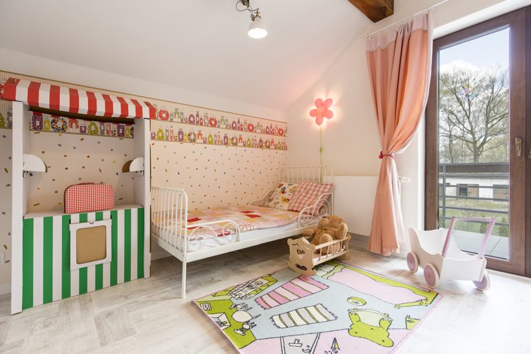 girls-nursery-interior