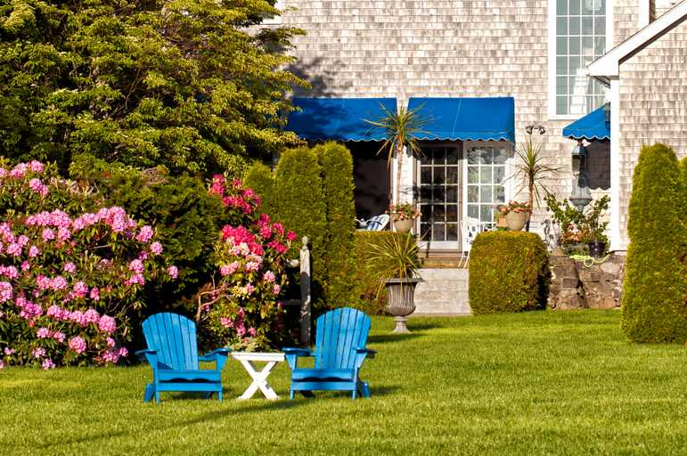 house-appealing-garden